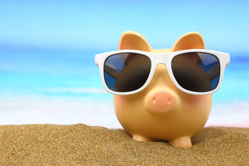 spend_your_money_wisely_while_on_vacation_and_stay_on_budget